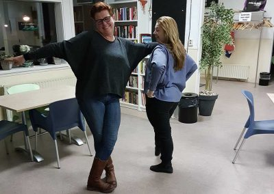 Margo en Bianca beide zelfde shirt gemaakt